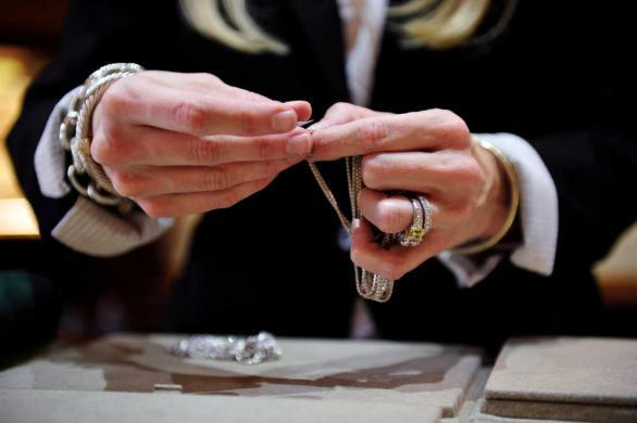 Jewelery Sales Hands